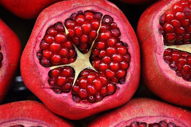 Лесни рецепти за есенни ястия с нар