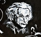 14 март 1879 г. – Ражда се Алберт Айнщайн